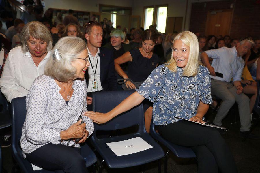 La princesse Mette-Marit de Norvège avec sa mère, le 6 juin 2018