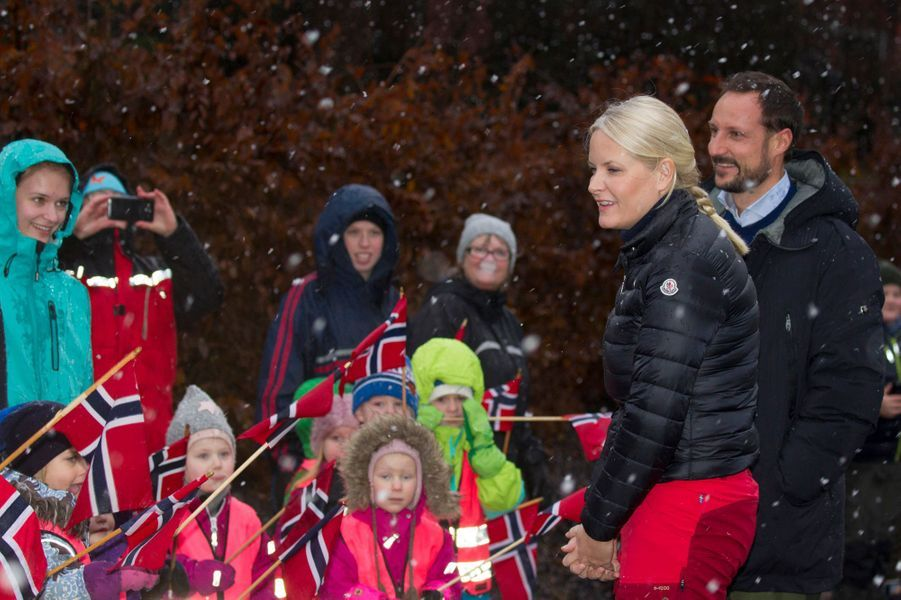 La princesse Mette-Marit et le prince Haakon de Norvège à Ski, le 11 janvier 2017