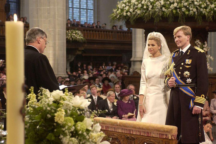 Maxima Zorreguieta et le prince Willem-Alexander des Pays-Bas le jour de leur mariage à Amsterdam, le 2 février 2002