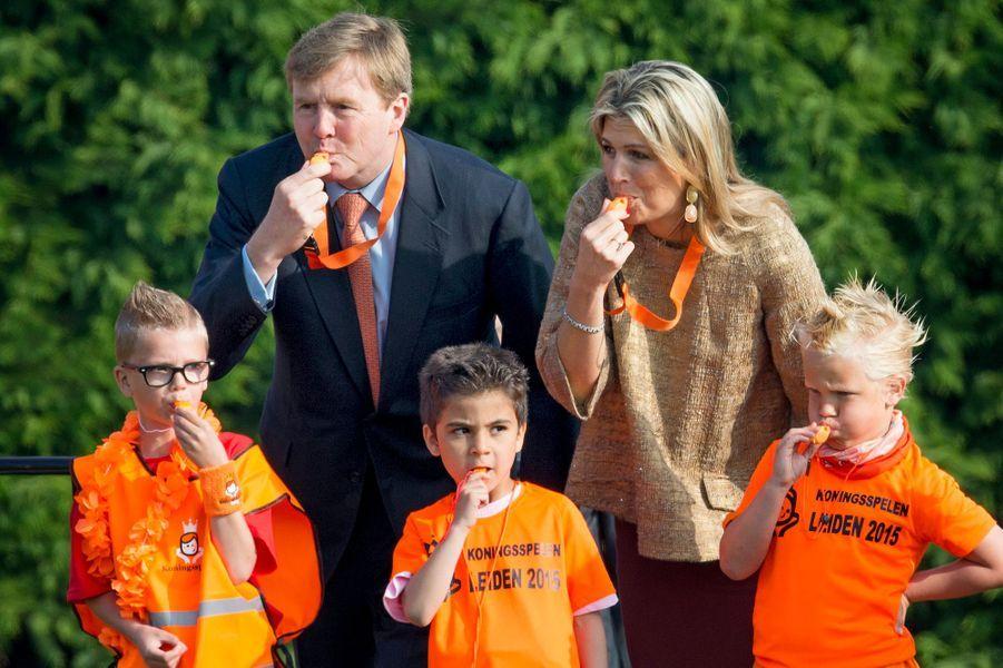 La reine Maxima et le roi Willem-Alexander des Pays-Bas à Leyde, le 24 avril 2015