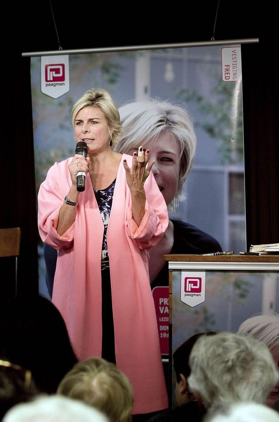 La princesse Laurentien des Pays-Bas fait une lecture à La Haye, le 22 septembre 2016
