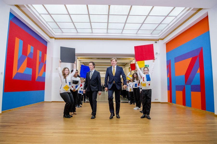 Le roi Willem-Alexander des Pays-Bas vient inaugurer une exposition auGemeentemuseum à La Haye, le 11 février 2017