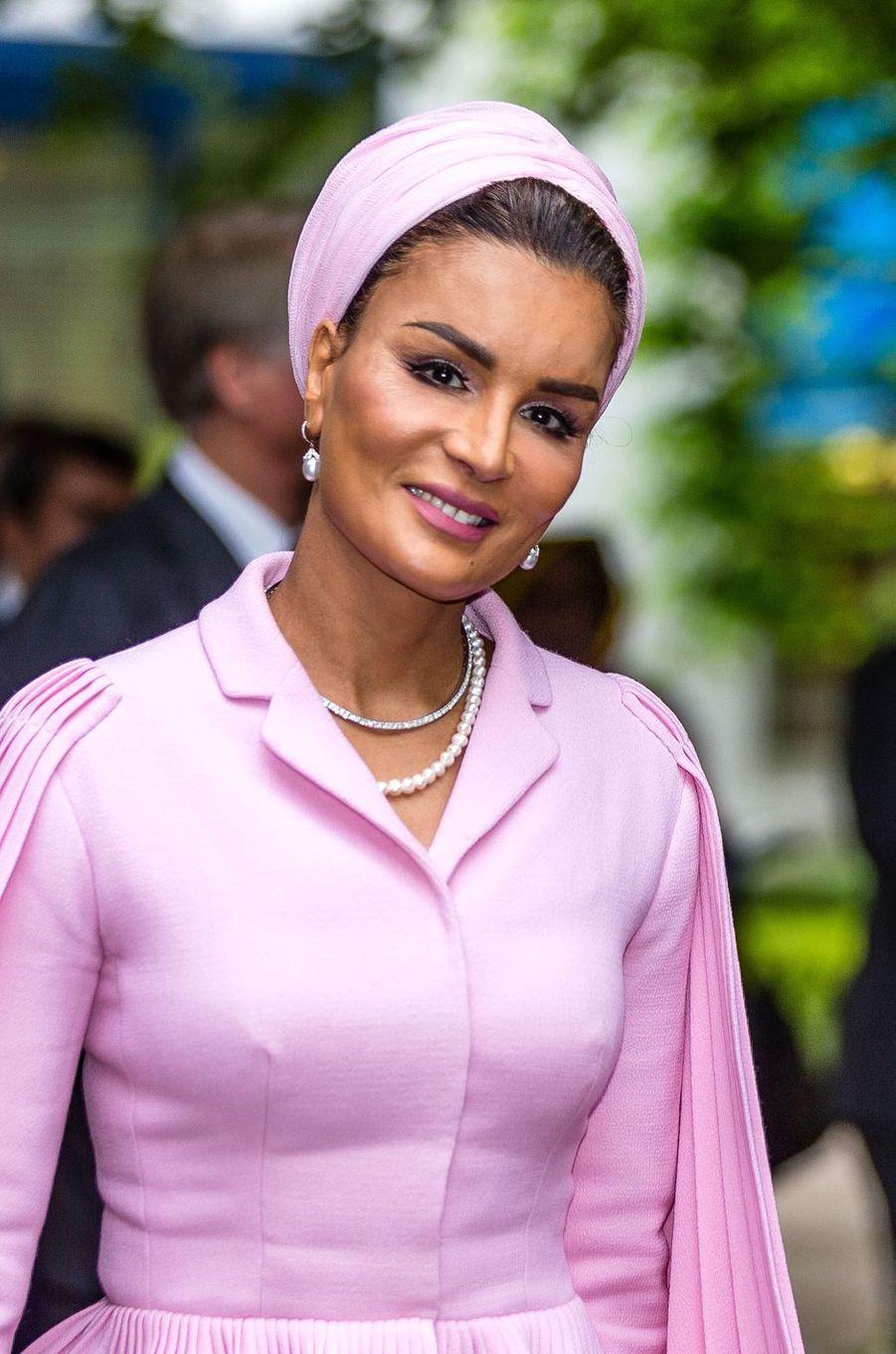 La sheika Mozah du Qatar à La Haye, le 19 mai 2017