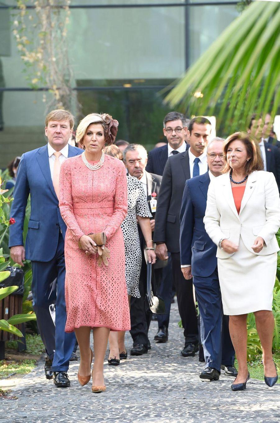 La reine Maxima et le roi Willem-Alexander des Pays-Bas à la Fondation Champalimaud à Lisbonne, le 11 octobre 2017