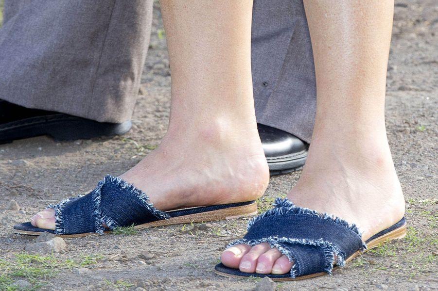Les nu-pieds de la reine Maxima des Pays-Bas sur l'île de Saint-Eustache, le 30 novembre 2017