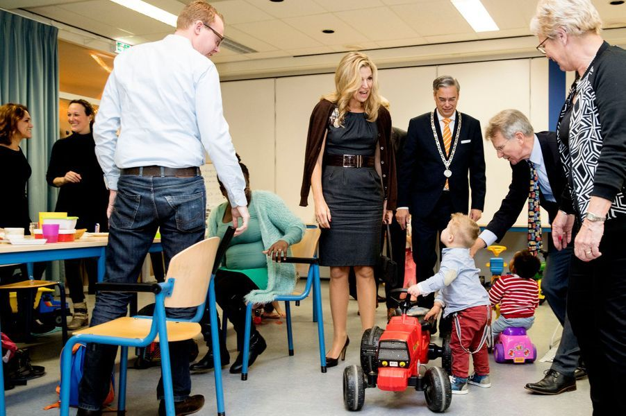 La reine Maxima des Pays-Bas visite un centre communautaire à Aalst, le 2 décembre 2016