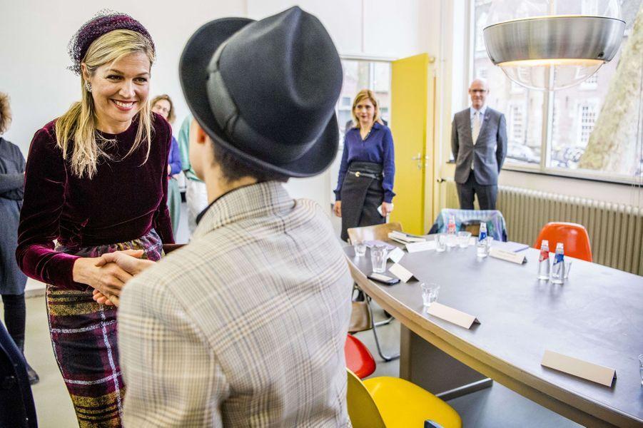 La reine Maxima des Pays-Bas visite la Jan Van Eyck Academie de Maastricht, le 7 mars 2018