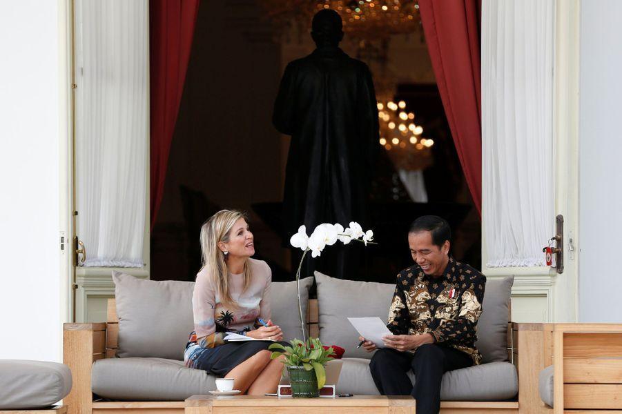 La reine Maxima des Pays-Bas avec le président indonésien Joko Widodo à Jakarta, le 1er septembre 2016