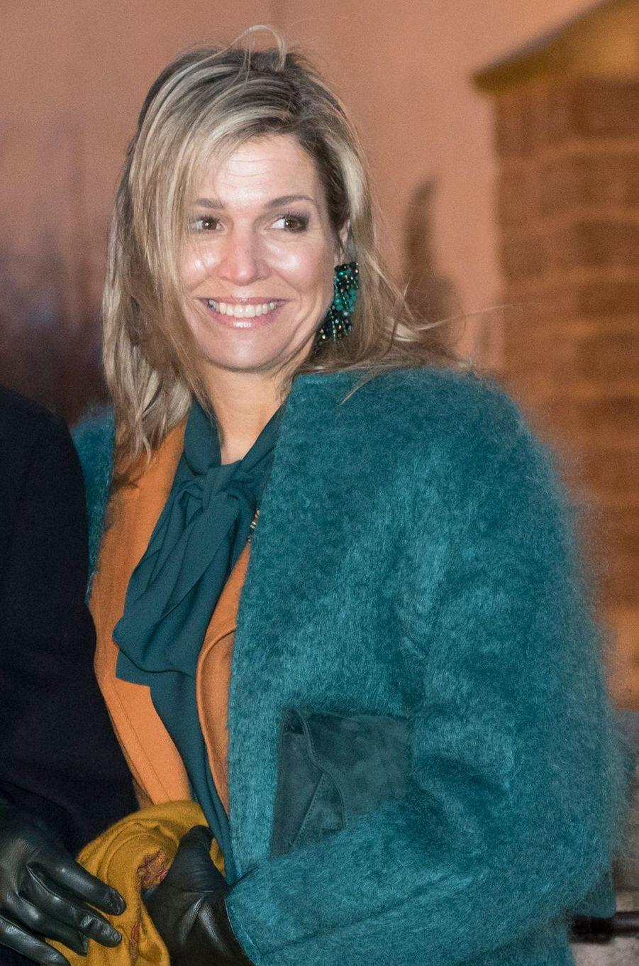 La reine Maxima des Pays-Bas avec un chemisier Gucci en Allemagne le 7 février 2017