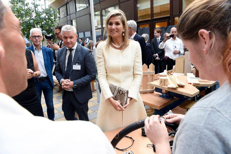 La reine Maxima des Pays-Bas à Zoetermeer pour les 10 ans de Piëzo, le 28 septembre 2016