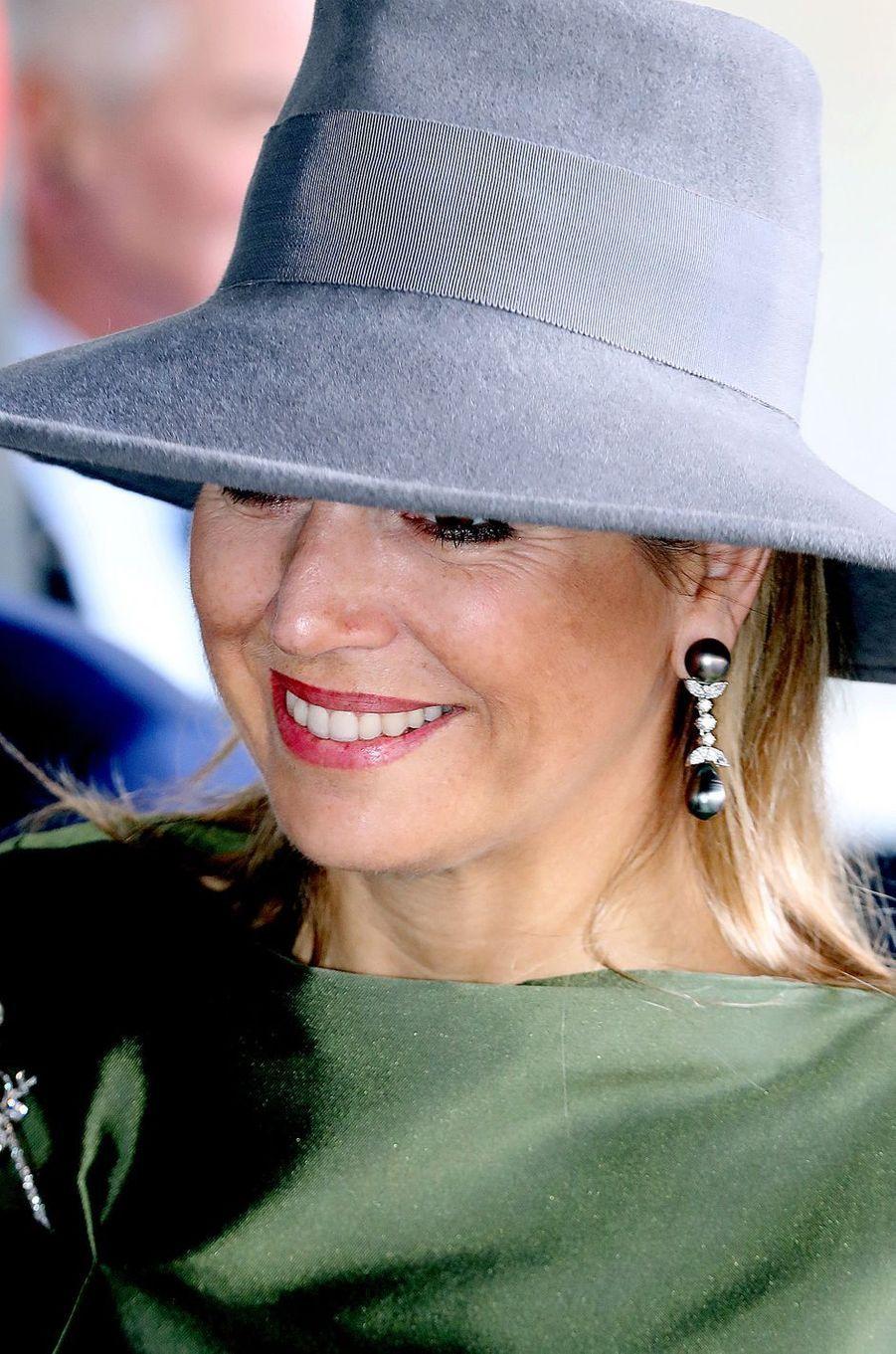 Le chapeau de la reine Maxima des Pays-Bas à La Haye, le 15 mars 2018