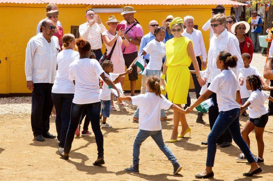 La reine Maxima et le roi Willem-Alexander sur l'île de Bonaire, le 30 avril 2015