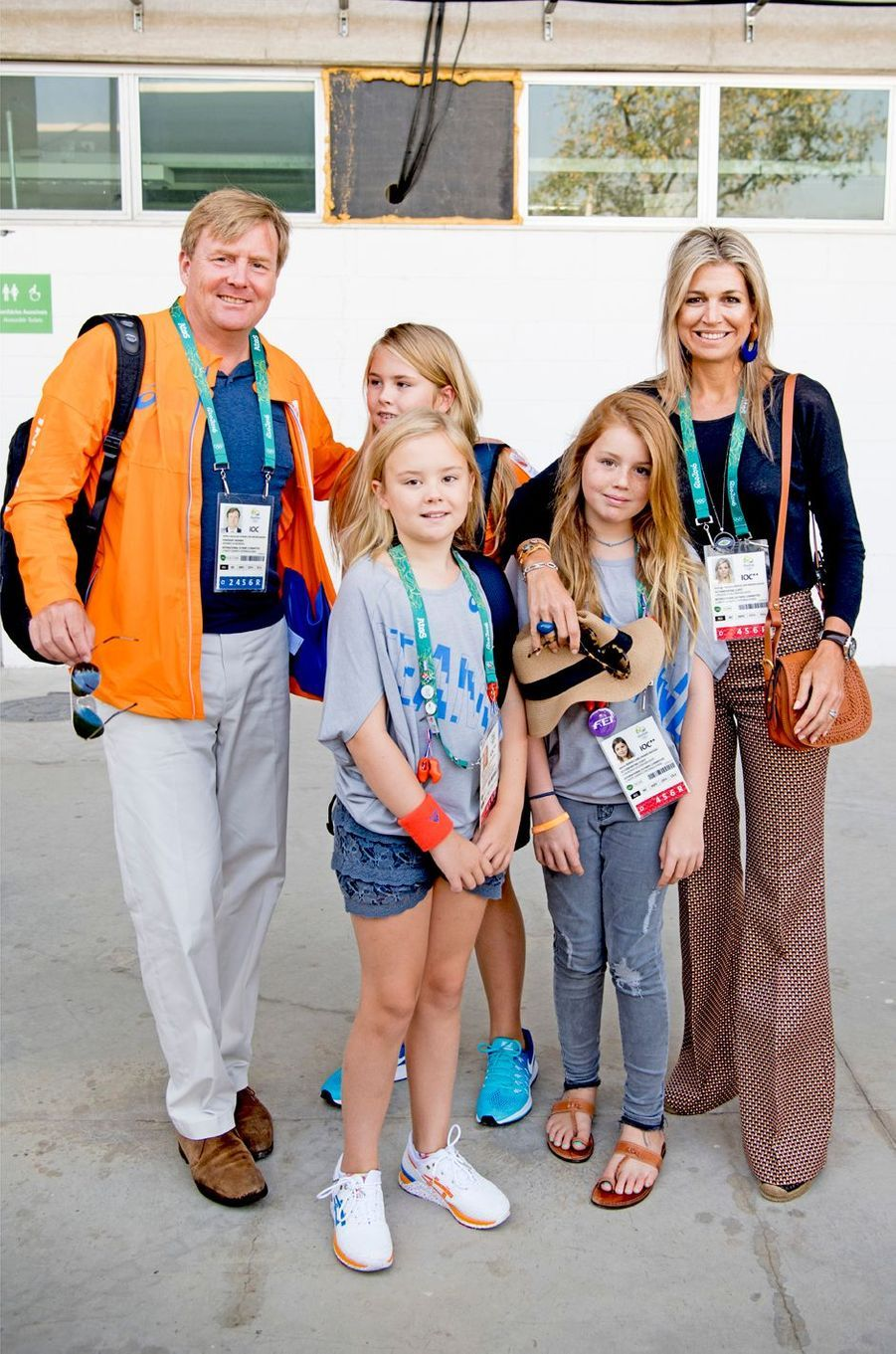 La reine Maxima des Pays-Bas, avec le roi Willem-Alexander et leurs filles, aux JO de Rio, le 17 août 2016