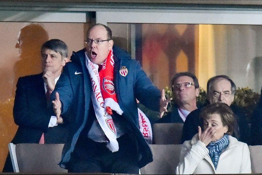 Le 17 mars 2015, le prince Albert II a eu du mal à rester calmement assis pendant que l'AS Monaco affrontait l'équipe anglaise d'Arsenal avec à la clé un ticket pour les quarts de finale de la Ligue des champions.
