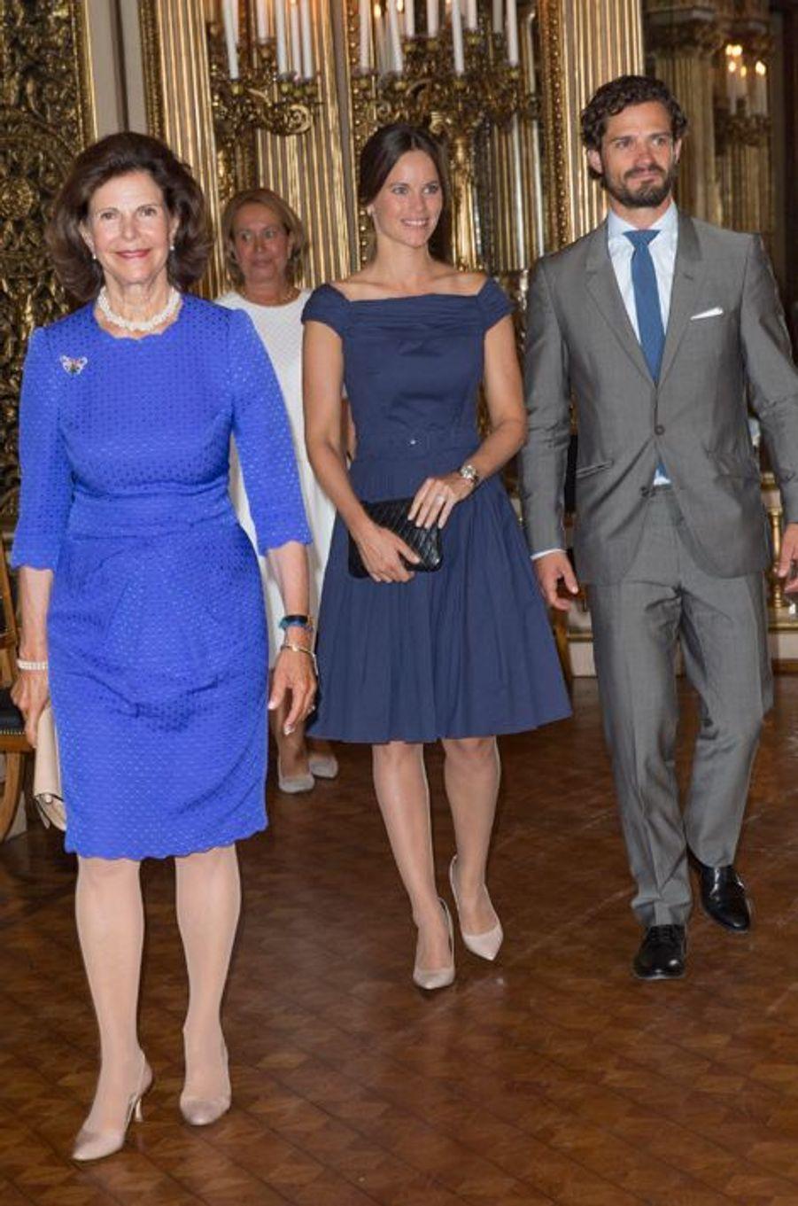 La reine Silvia, la princesse Sofia et le prince Carl Philip de Suède à Stockholm, le 29 août 2015