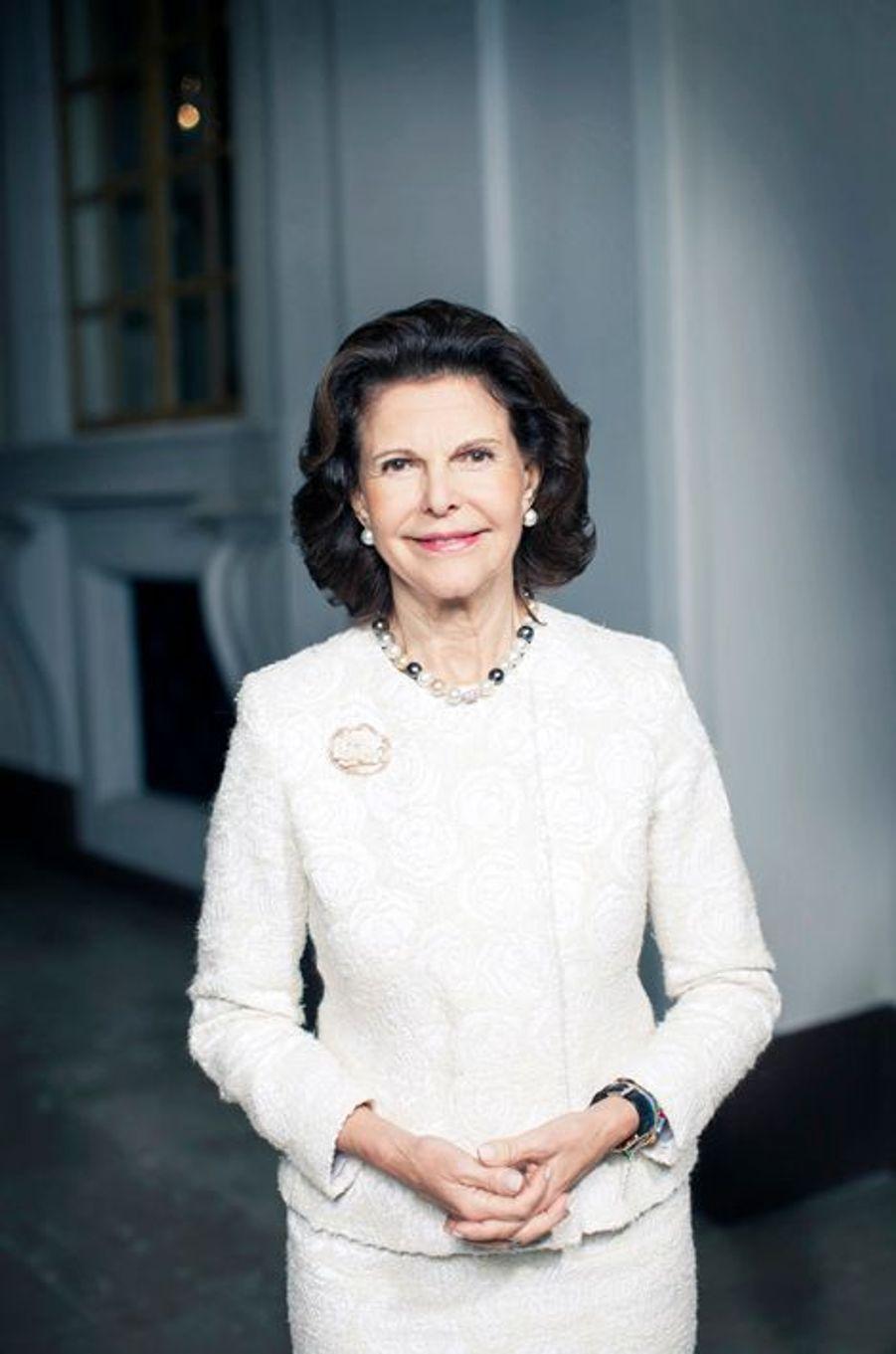 Nouveau portrait de la reine Silvia de Suède