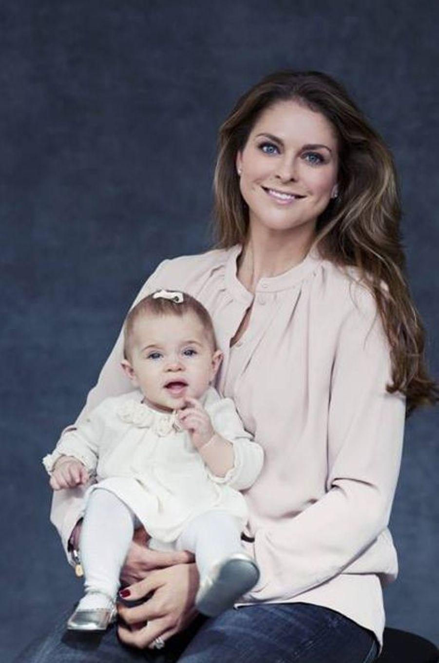 Les princesses Madeleine et Leonore de Suède, photo postée par la princesse Madeleine sur sa page Facebook le 27 novembre 2014