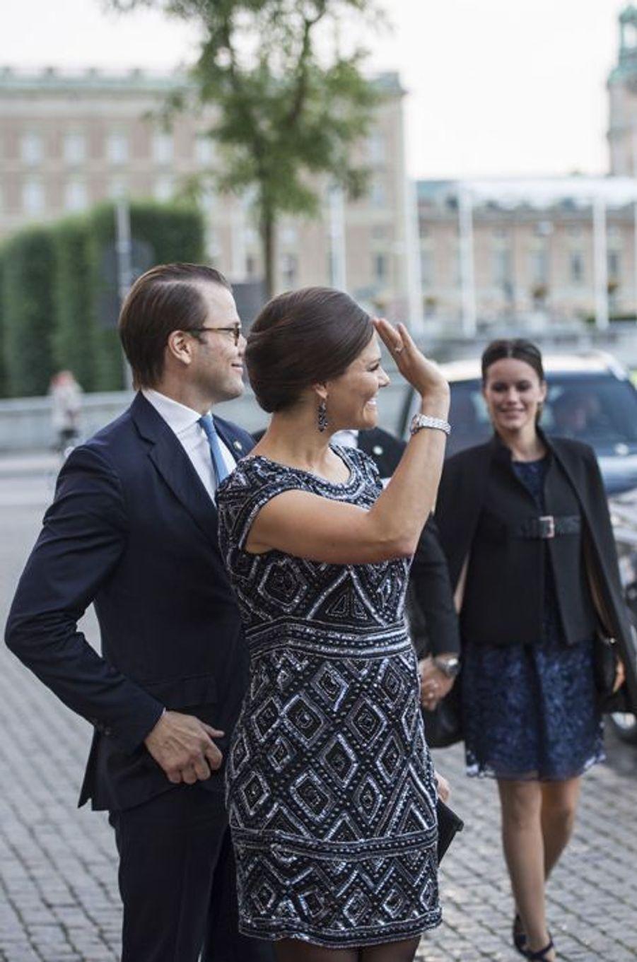 La princesse Victoria de Suède avec le prince Daniel, et la princesse Sofia, à Stockholm, le 15 septembre 2015
