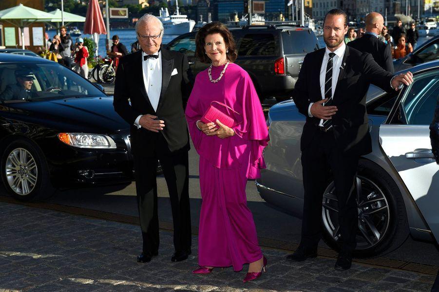 La reine Silvia et le roi Carl XVI Gustaf de Suède au Polar Music Prize à Stockholm, le 9 juin 2015