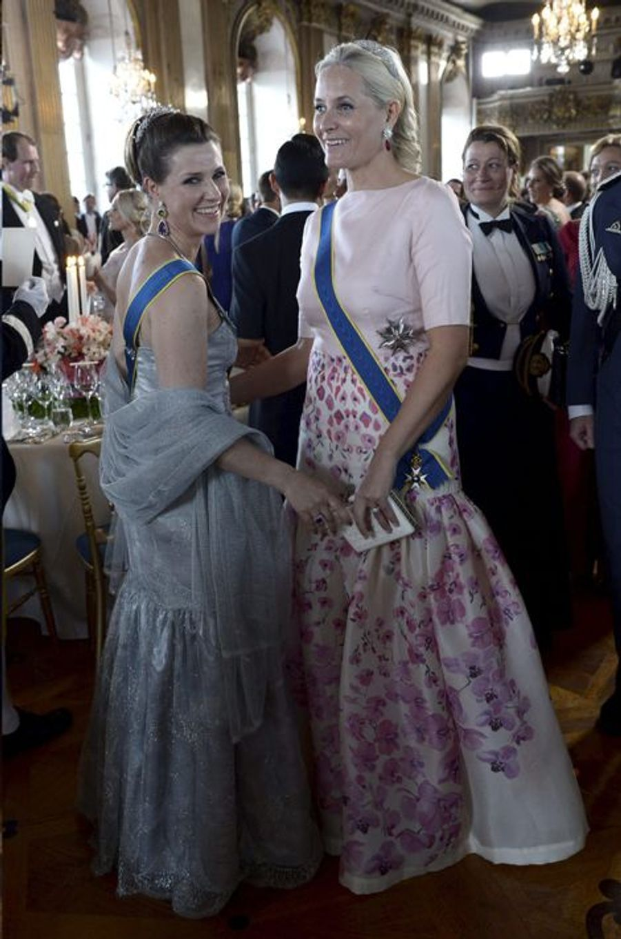 Les princesses Martha-Louise et Mette-Marit de Norvège, le 13 juin 2015