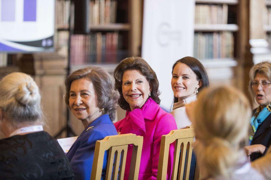 La reine Silvia et la princesse Sofia de Suède avec l'ancienne reine Sofia d'Espagne à Stockholm, le 18 mai 2017