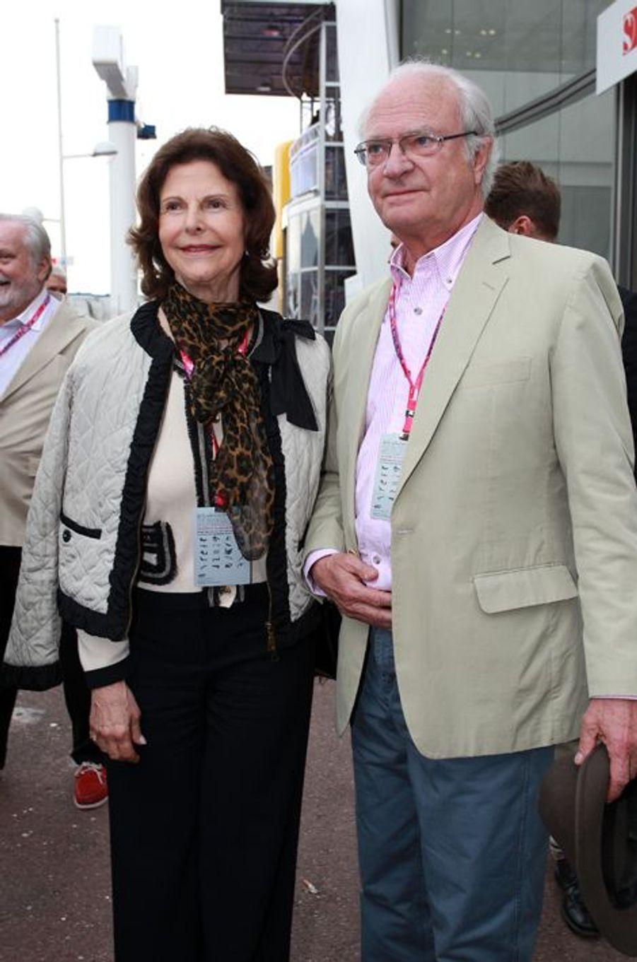 La reine Silvia et le roi Carl XVI Gustaf de Suède au Grand Prix de Monaco, le 23 mai 2015