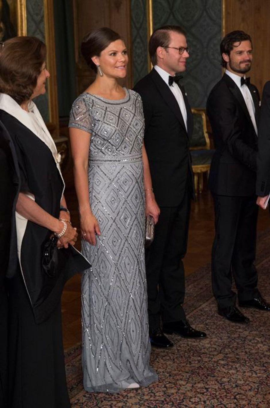 La princesse Victoria de Suède avec la reine Silvia et les princes Daniel et Carl Philip à Stockholm, le 4 septembre 2015