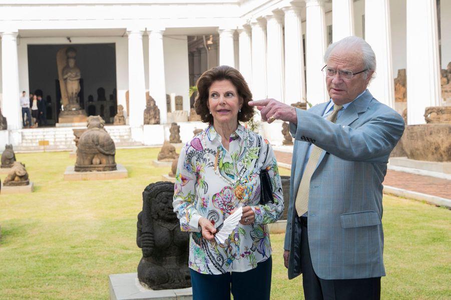 La reine Silvia et le roi Carl XVI Gustaf de Suède à Jakarta, le 21 mai 2017