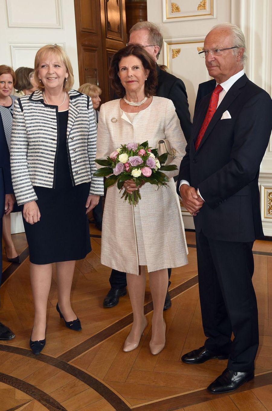 La reine Silvia et le roi Carl XVI Gustaf de Suède à Aix-la-Chapelle, le 11 juillet 2016