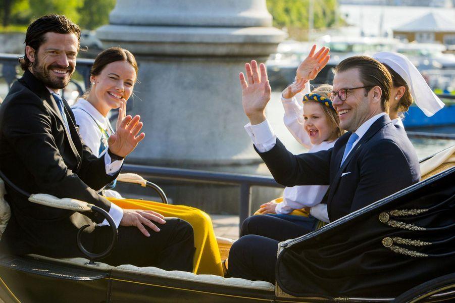 Sofia Hellqvist avec la famille royale à Stockholm, le 6 juin 2015