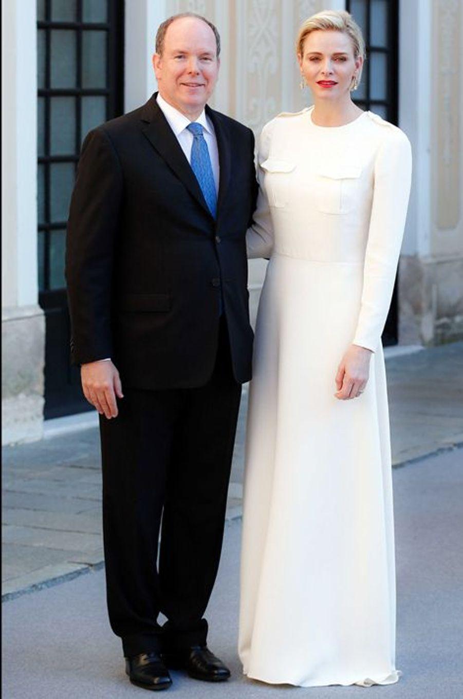 La princesse Charlène et le prince Albert II de Monaco au Palais princier à Monaco, le 17 juin 2015