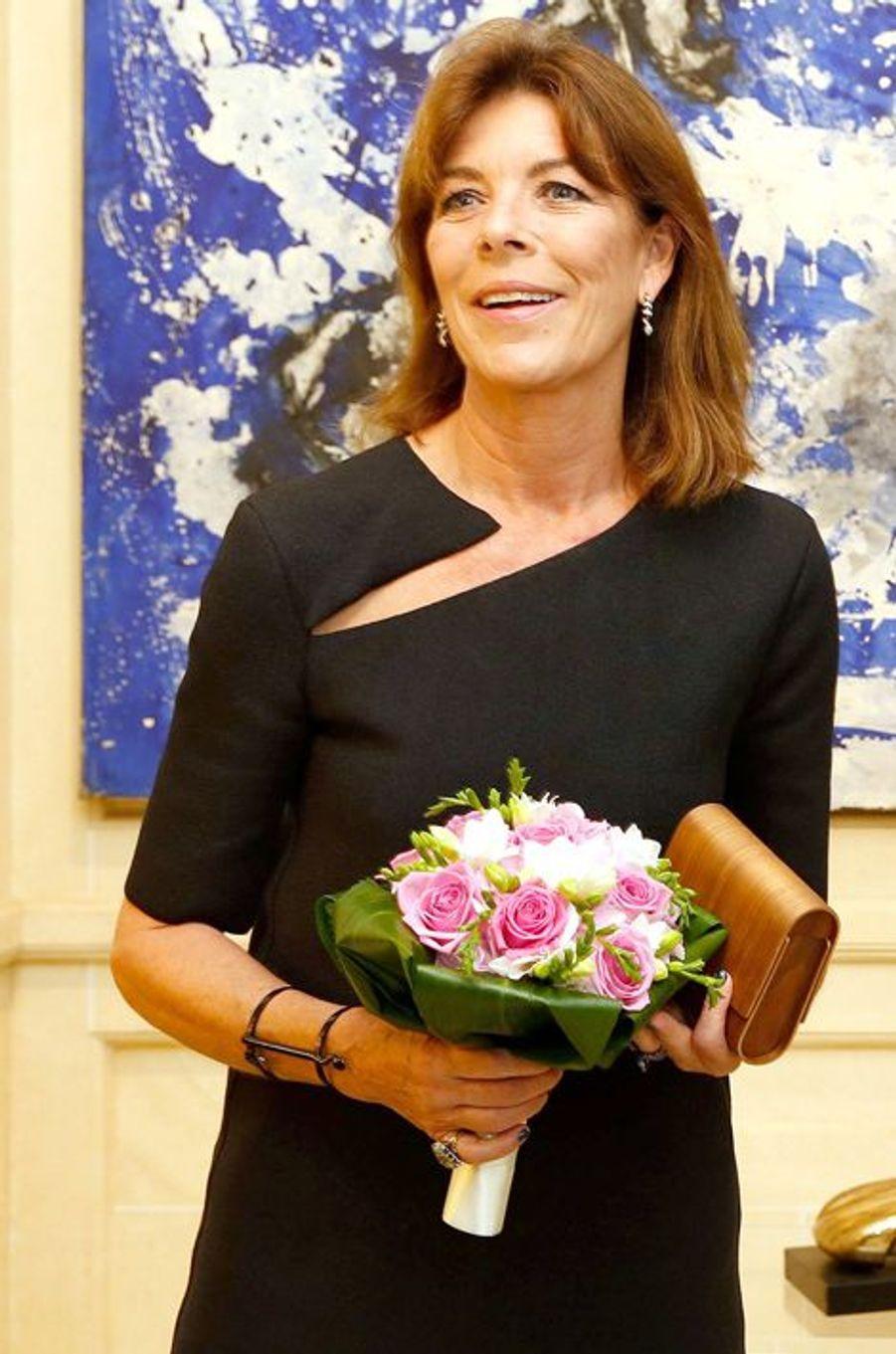 La princesse Caroline de Hanovre à la galerie Adriano Ribolzi à Monaco, le 16 septembre 2015