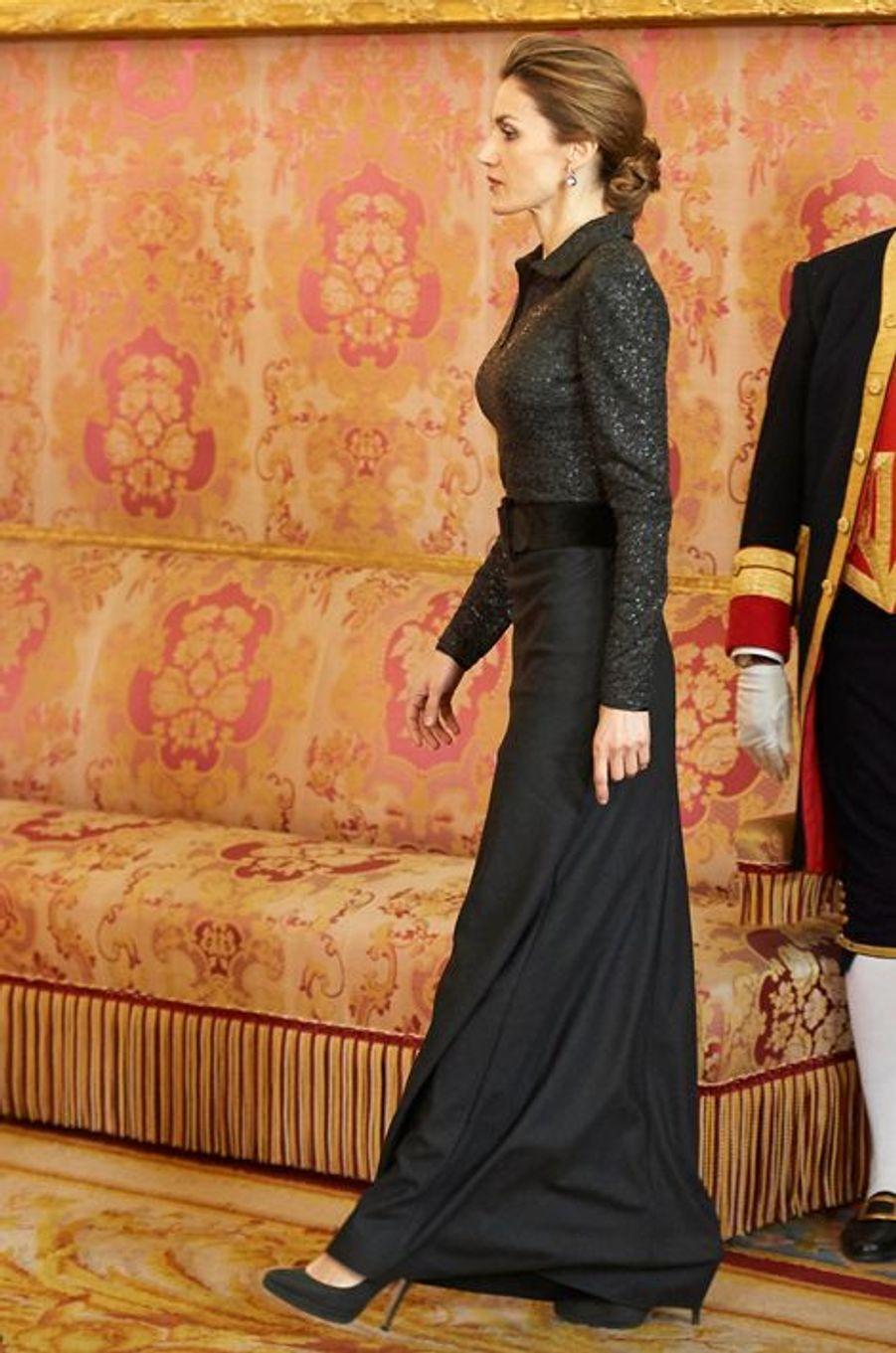 La reine Letizia d'Espagne au Palais royal à Madrid, le 21 janvier 2015