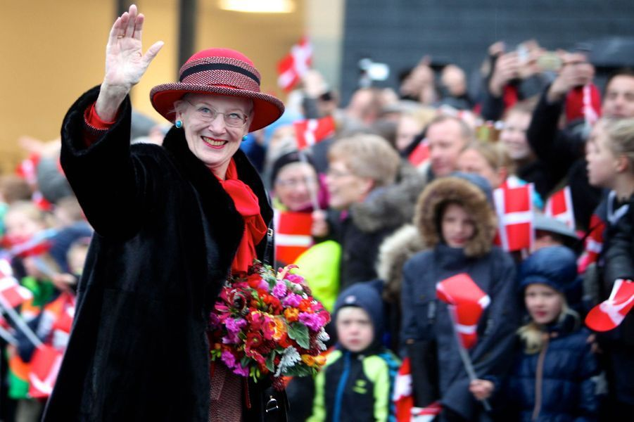 La reine Margrethe II de Danemark en visite officielle à Egedal, le 18 novembre 2014