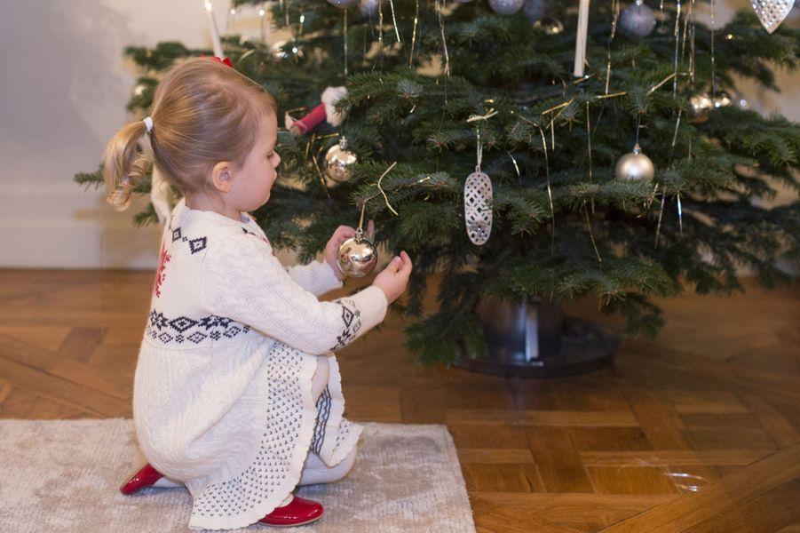 Photo de Noel 2014 de la princesse Estelle