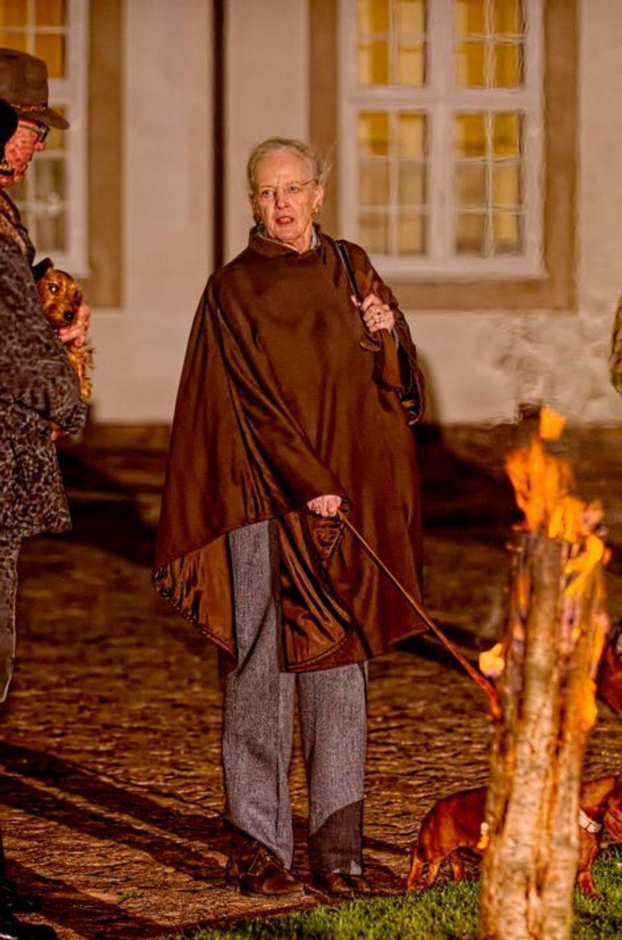 La reine Margrethe II de Danemark à la chasse au château de Fredensborg, le 27 novembre 2014
