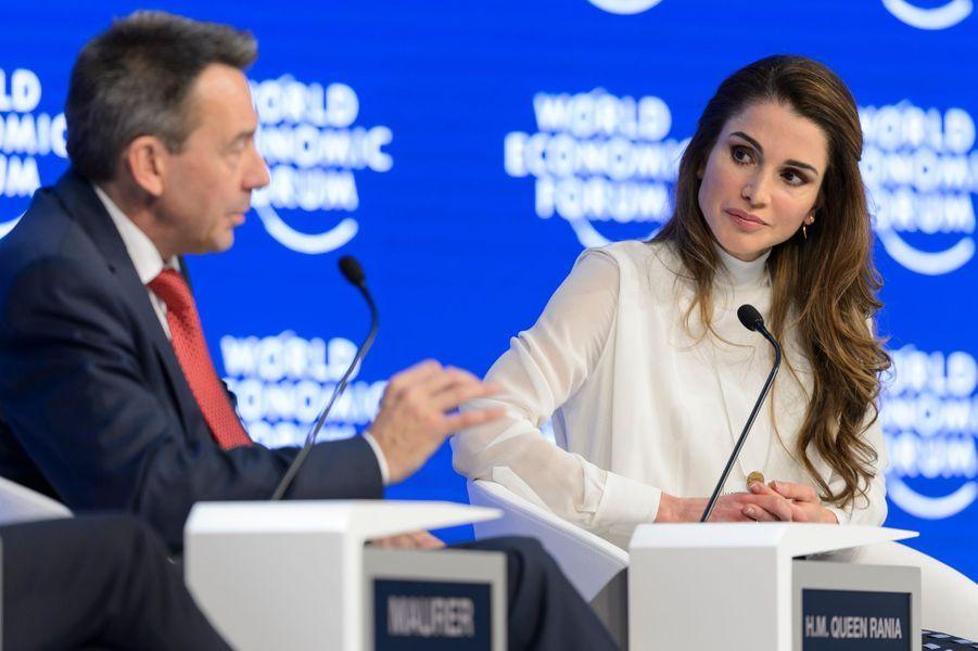 La reine Rania de Jordanie au Forum économique mondial de Davos, le 20 janvier 2016