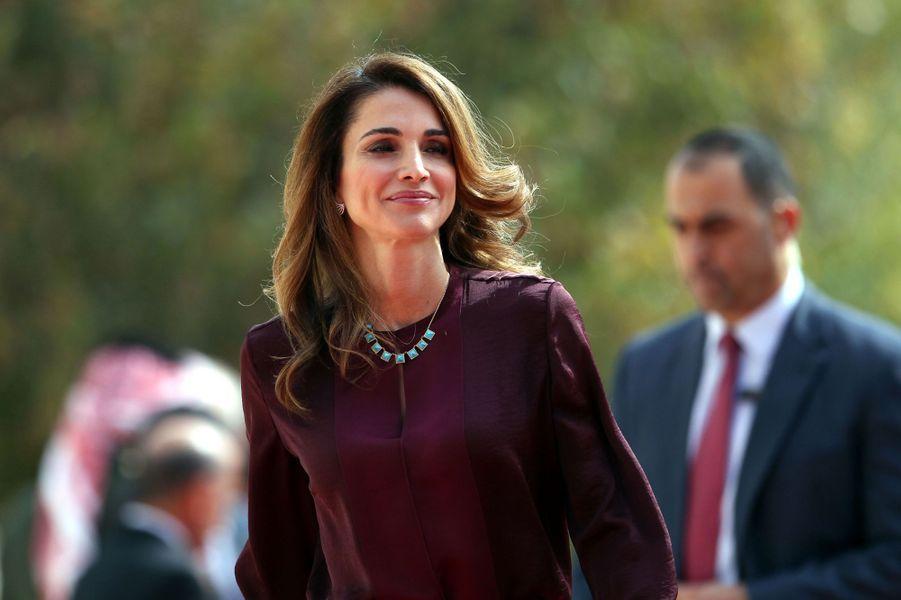 La reine Rania de Jordanie à l'ouverture de la session du Parlement à Amman le 2 novembre 2014