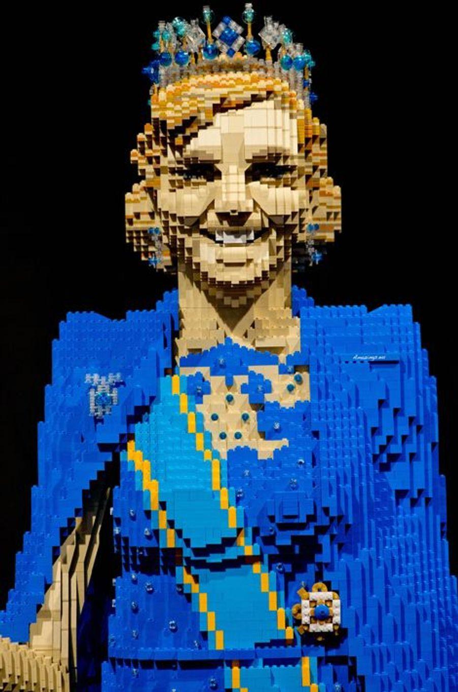 La reine Maxima statufiée en Lego par Dirk Denoyelle à Utrecht, le 16 octobre 2014