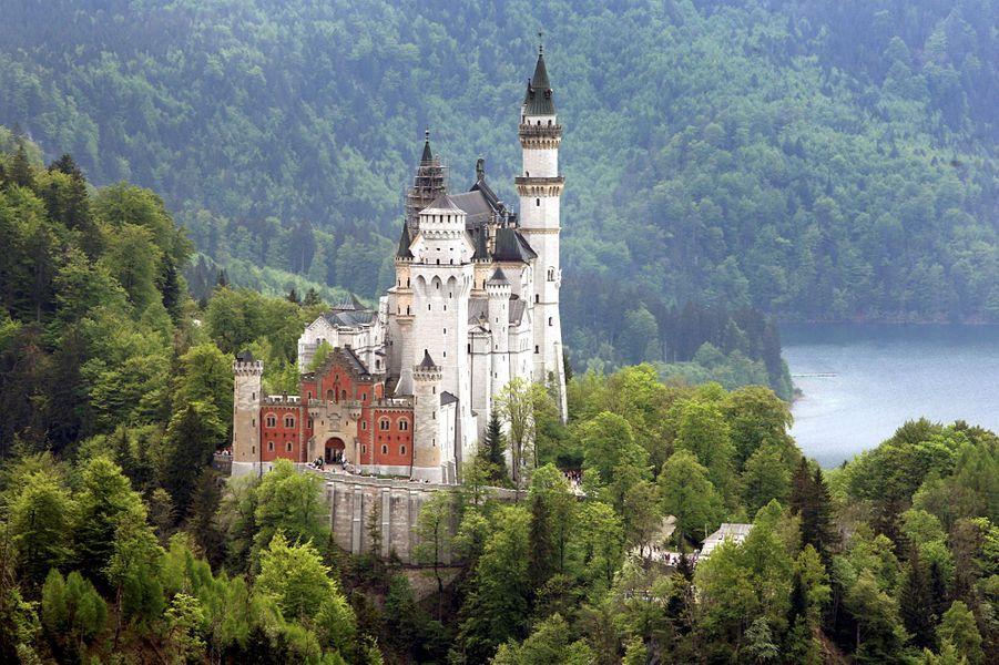 Bien connu Les incroyables châteaux de Louis II de Bavière France2 GE13