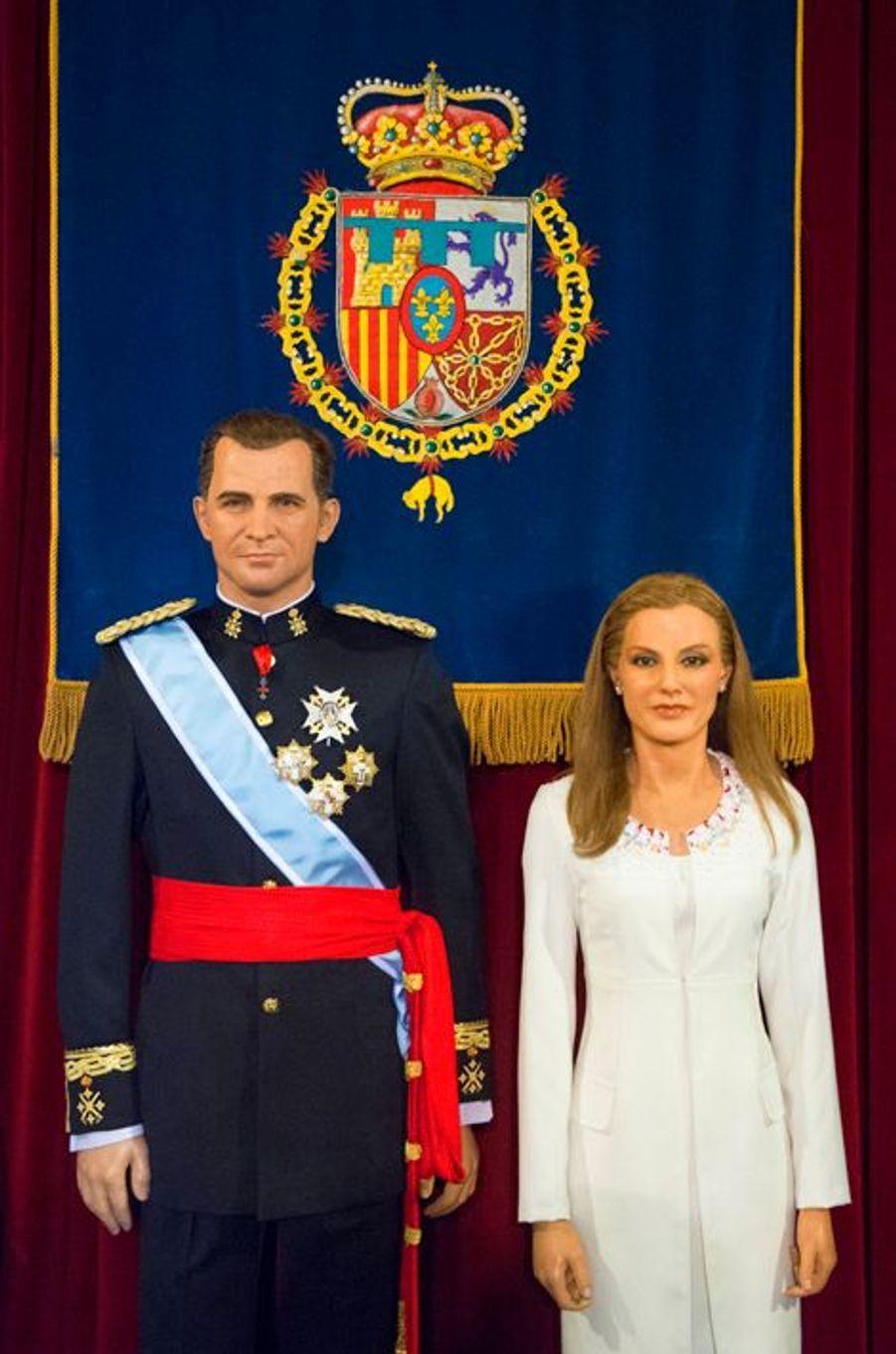 Les statues de cire du roi Felipe VI et de la reine Letizia au Museo de Cera à Madrid, dévoilées le 12 octobre 2014