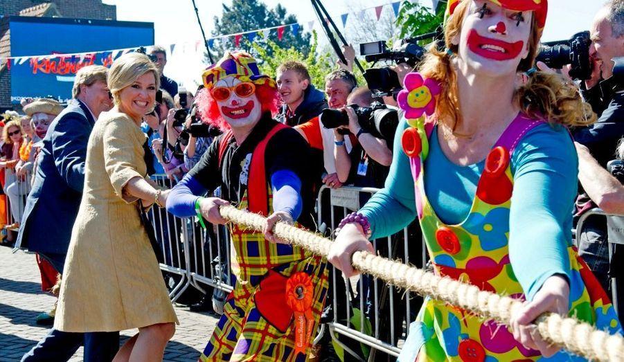 Tir à la corde pour le jour de la reine en 2012
