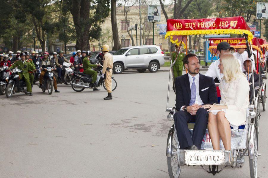 Mette-Marit et Haakon, en amoureux au Vietnam