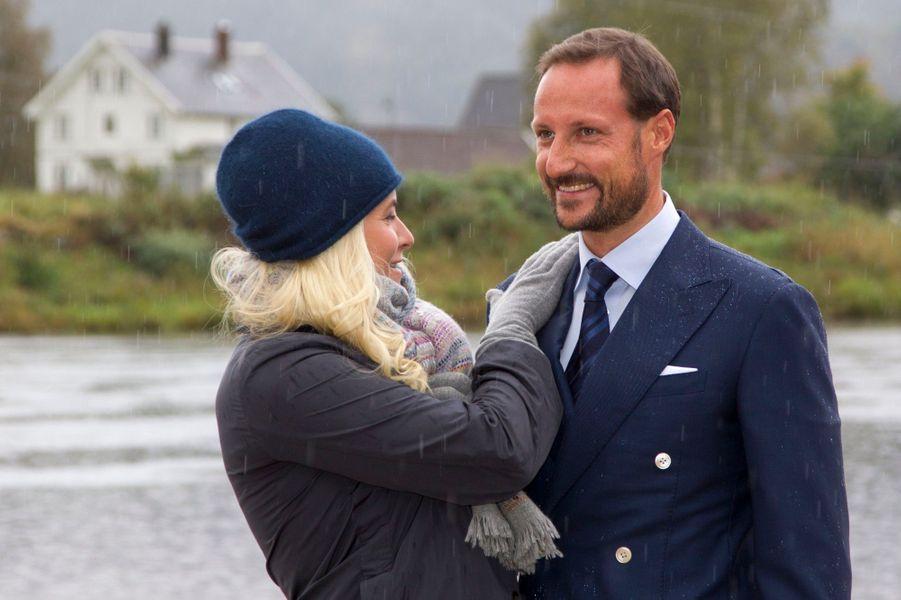 Mette-Marit & Haakon, balade en province