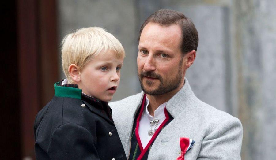 Sverre Magnus et son père