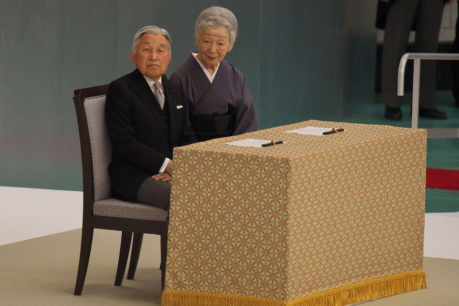 L'empereur Akihito du Japon et l'impératrice Michiko à Tokyo, le 15 août 2016
