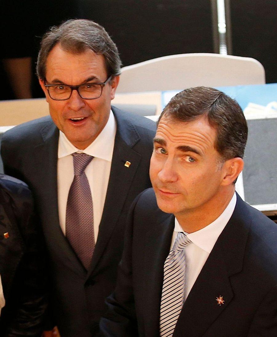 Letizia et Felipe, un couple royal à la conquête de la Catalogne