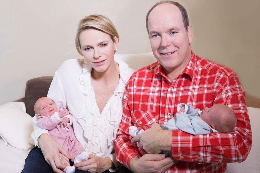 La princesse Charlène, épouse du prince Albert, a donné naissance aux jumeaux Gabriella et Jacques
