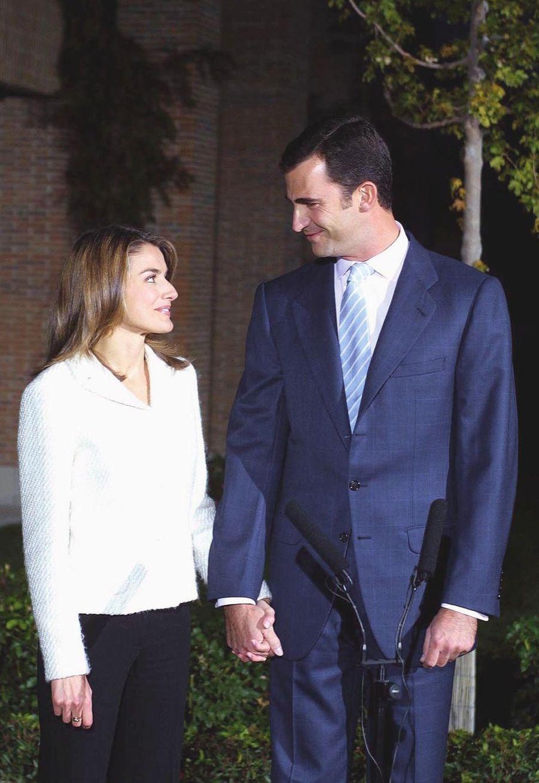 Annonce des fiançailles, le 3 novembre 2003