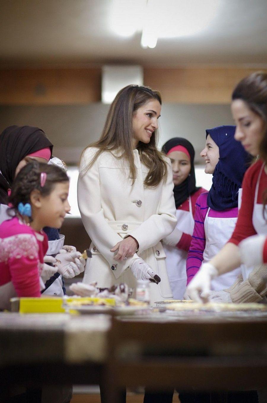 Rania, bonne pâte avec les orphelins